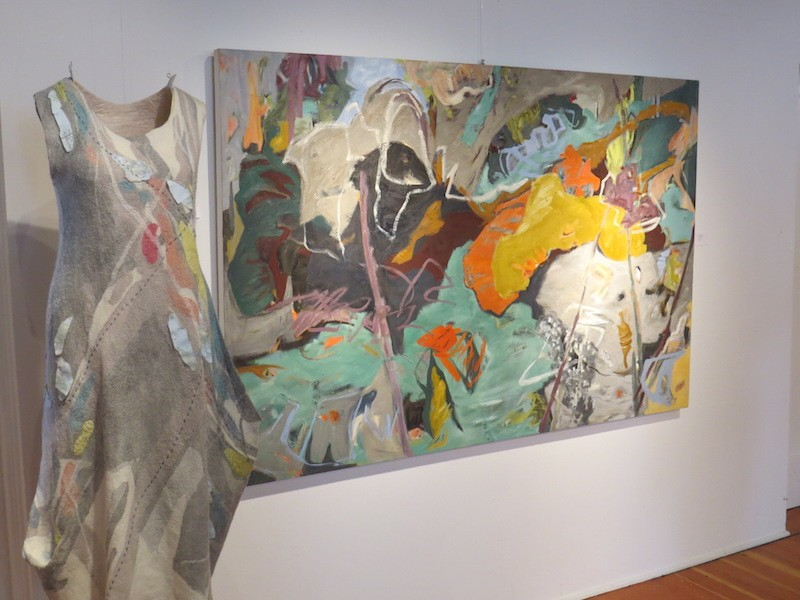 grey rhythm oil painting by abstract artist barbra edwards, felt sculpture by fiona duthie